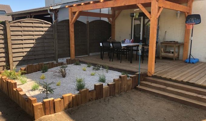 Création d'un jardin, terrasse et mur desoutenement